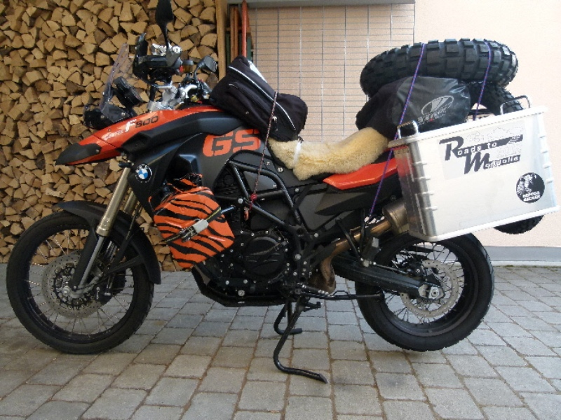 rtm bmw f800 gs roads to mongolia. Black Bedroom Furniture Sets. Home Design Ideas